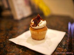 Red Bank Food & WIne Walk 42 of 126 Cupcake Magician
