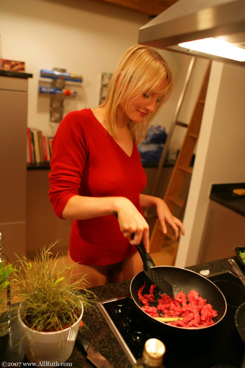 All Ruth cooking dinner bottomless  RedBust