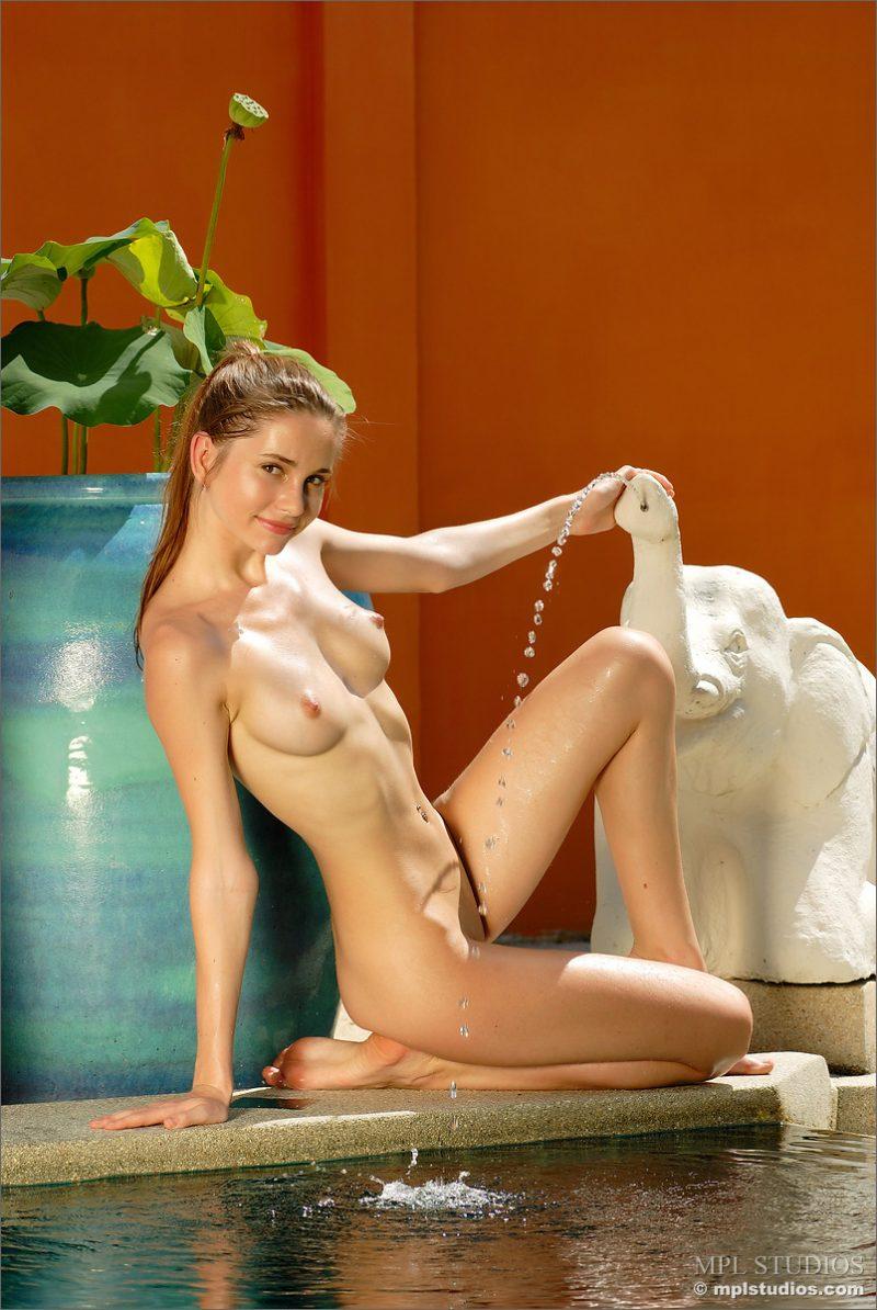 Anya  Elephant fountain  RedBust
