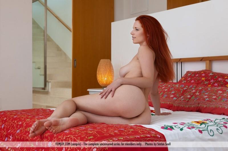 Ariel  Hair drying  RedBust
