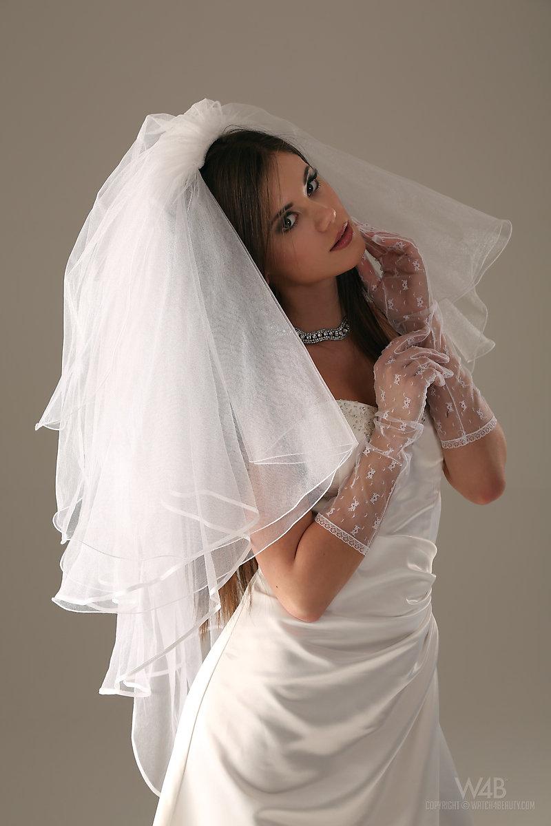 Caprice  Naked bride  RedBust