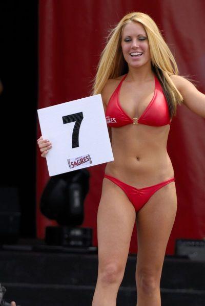Chin Picnic Bikini Contest 2006 - RedBust