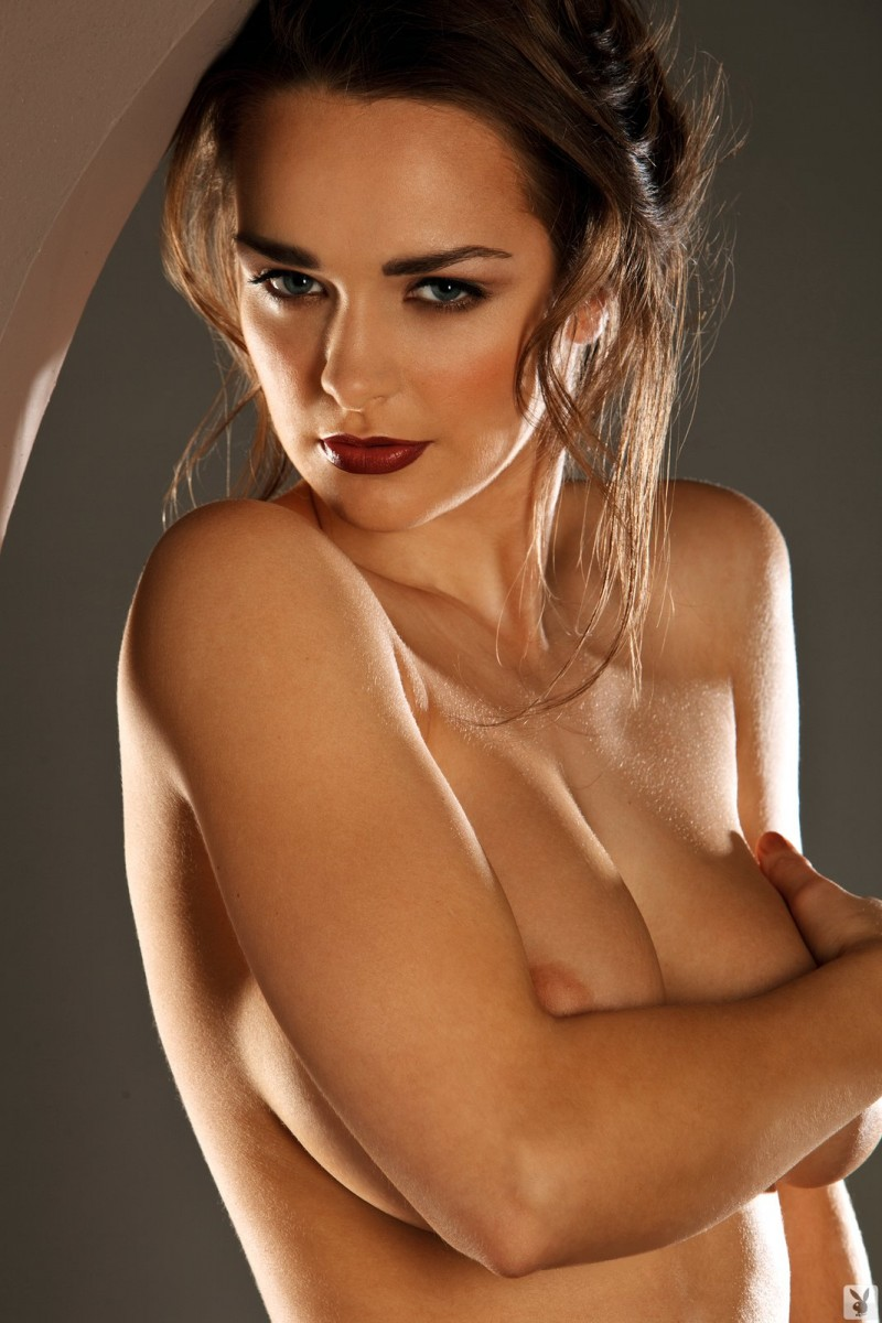 Kristen Pyles  Cyber Girl of March 2011  RedBust