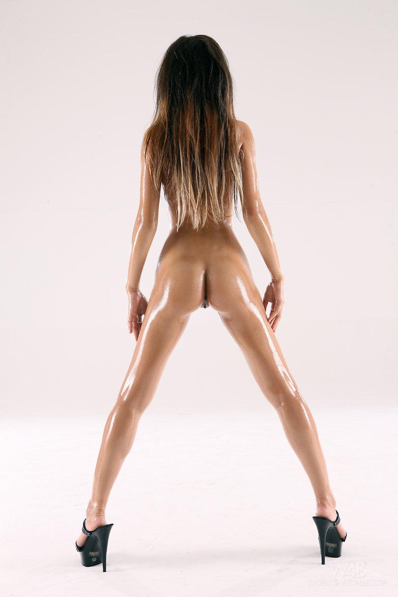 Nika  Skinny oiled body  RedBust