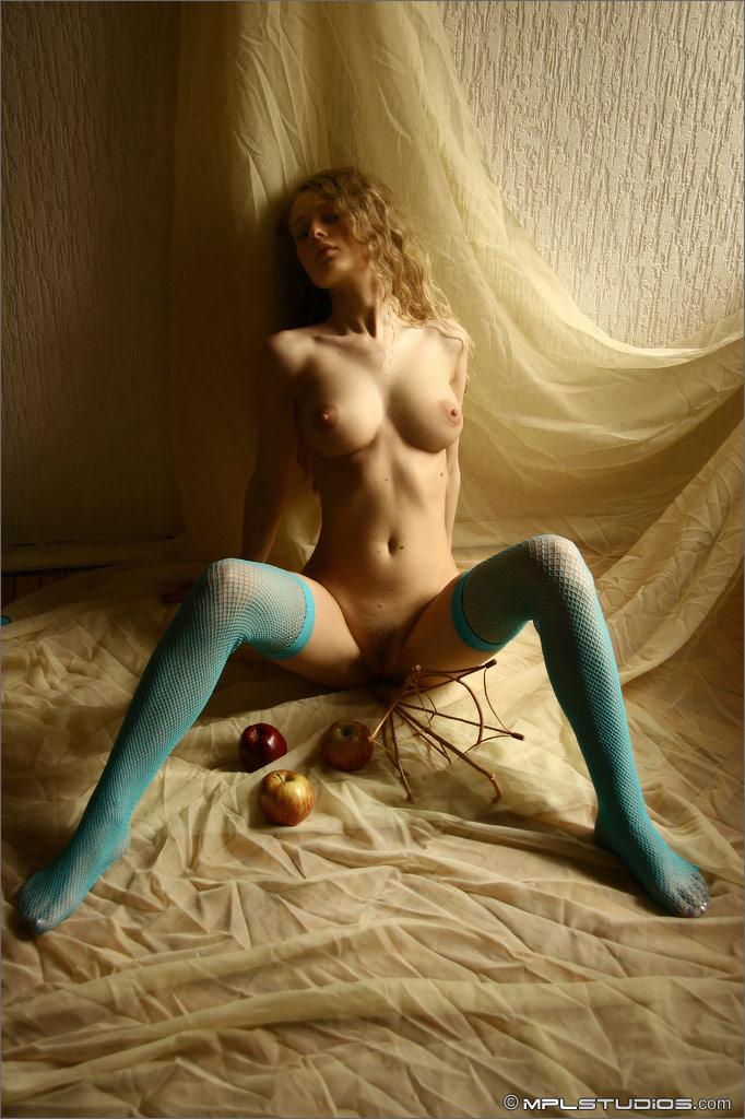 Olia  Blue fishnet stockings  RedBust