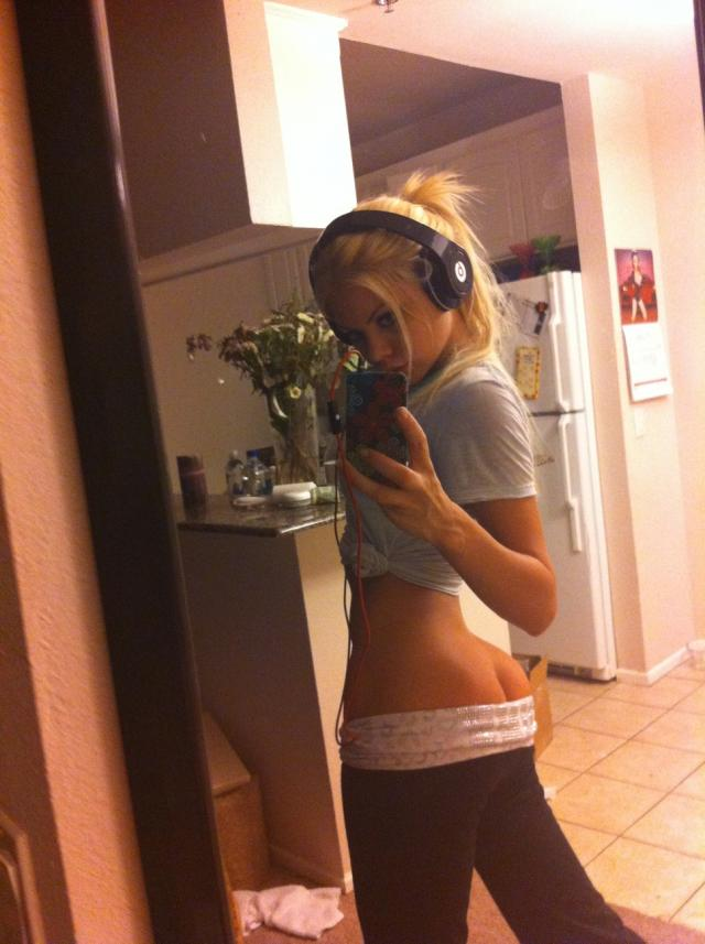 Riley Steele  Private self shot photos  RedBust