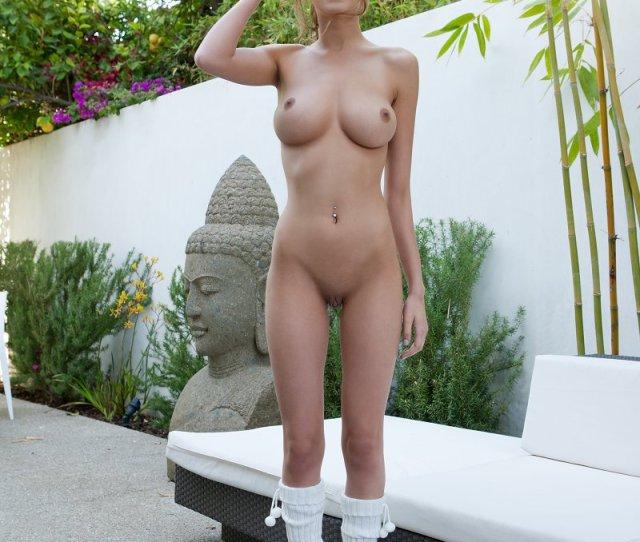 Skinny Teen Big Boobs Selfie Teen Porn Pics With Bloody Virginas