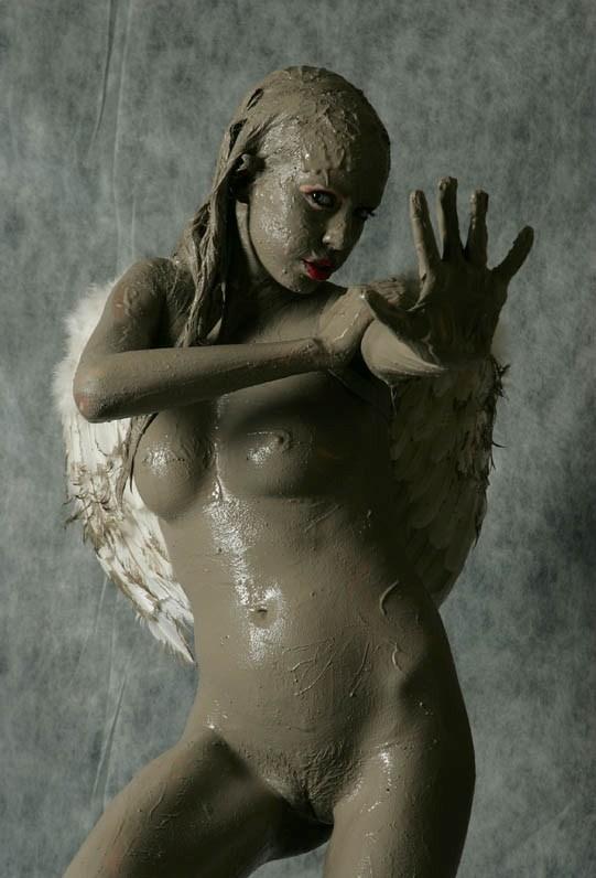 Mud angel  RedBust