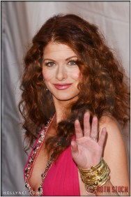 Debra Messing arriving at the 11th Annual Screen Actors Guild Awards