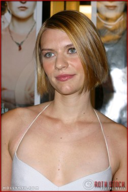 """Claire Danes attends the World Premiere of """"The Hours"""""""