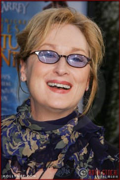 "Meryl Streep attends the World Premiere of ""Lemony Snicket's A Series of Unfortunate Events"""