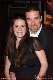 "Actress Holly Marie Combs and fiance David Donoho attend the U.S. premiere of ""The Last Samurai"""