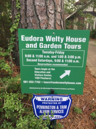 Posted hours for Eudora Welty's House and Garden.