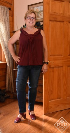 Mattie M tank, 7 For All Mankind jeans with the Branco Sarto Gem Strappy Heels in burgundy.