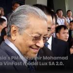 Malaysian PM test drives VinFast SUV