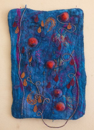 Di entered this felted and embelllished piece in the Redcliffe Show
