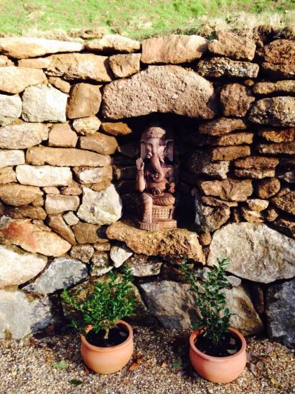 inglenook for statue