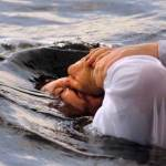 1 crazy suggestion about Matthew 28:19-20 that just might solve the baptism debate
