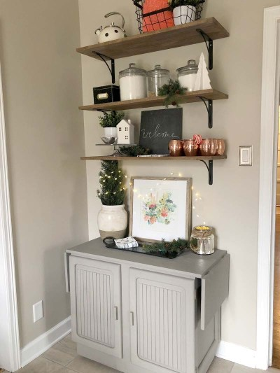 Christmas Kitchen Shelves