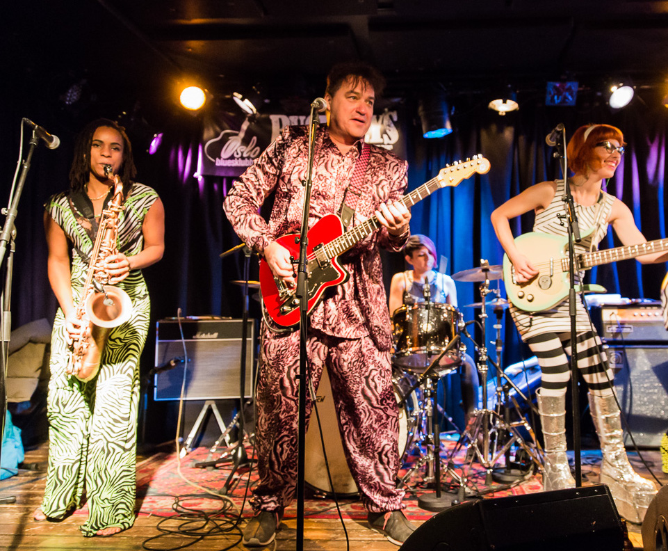 Red Elvises @ Buckleys