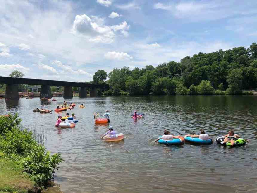 10 Lazy Rivers in Michigan for Tubing