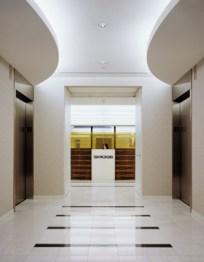 2. ELEVATOR LOBBY