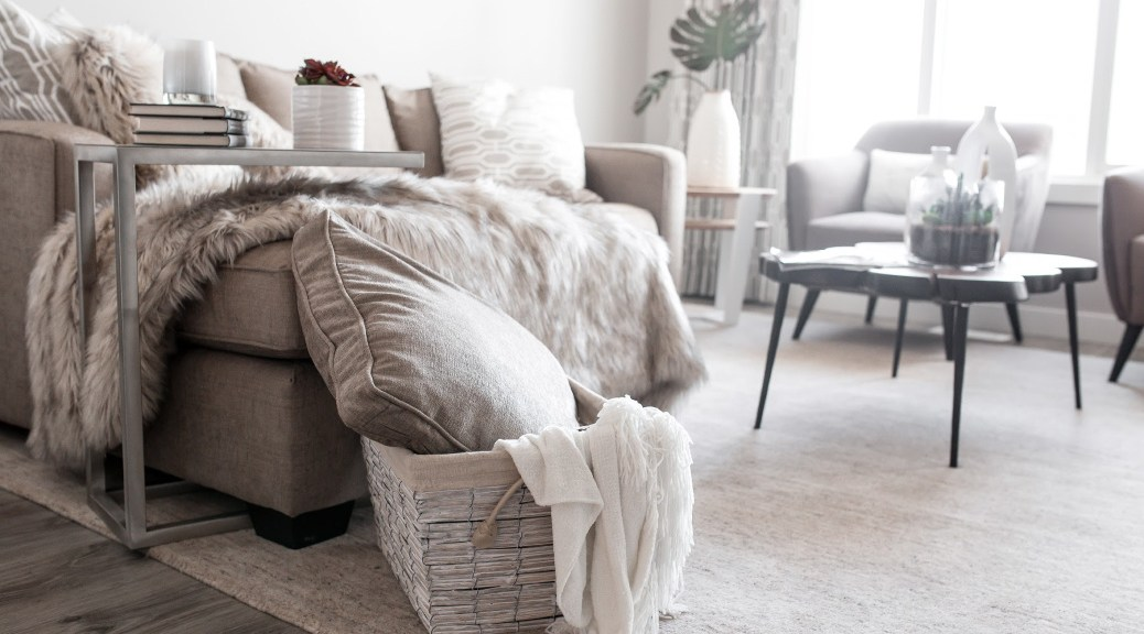Haute Stock Neutral Home Design