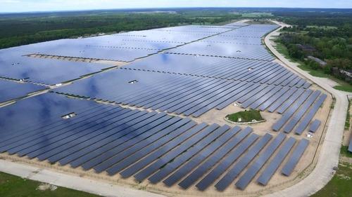 Energia solar na Bahia foi tema de encontro entre governo e empresários