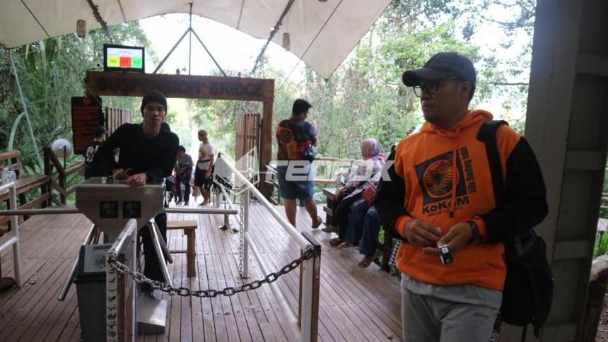 Trip Dadakan Suspension Bridge Situ Gunung Sukabumi