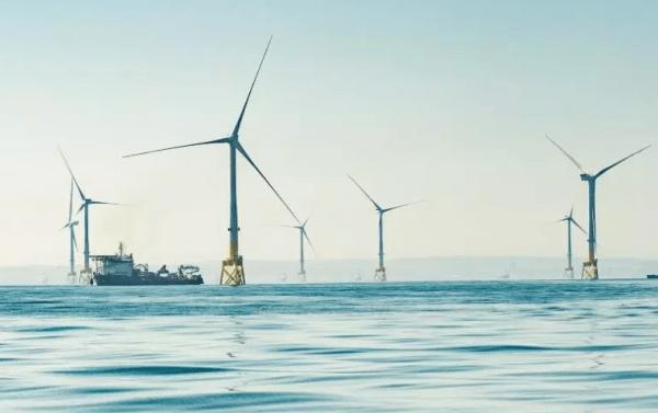 Scotland offshore wind farm vs Trump golf course