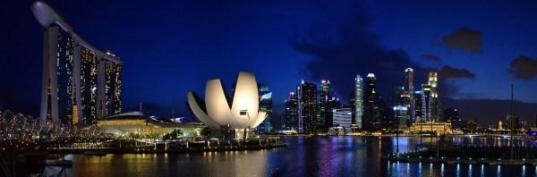TOP 7 ECO-FRIENDLY CITIES AROUND THE WORLD - Singapore