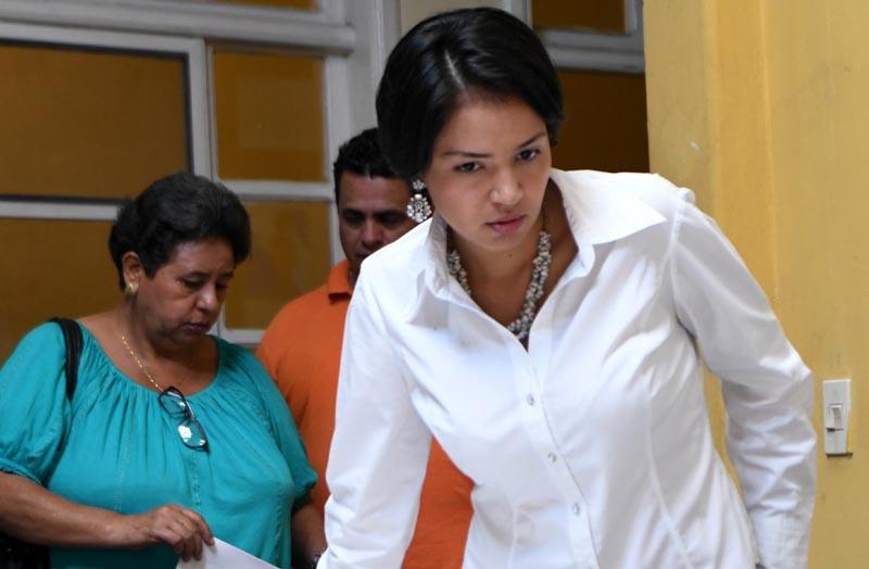 """Olivia Zúñiga Cáceres, """"Necesitamos gente al servicio de las grandes mayorías, de los pueblos indígenas, y no al servicio de las grandes multinacionales"""""""