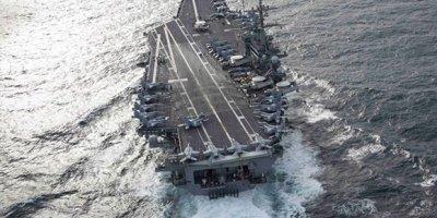 El portaaviones USS Abrahm Lincoln (CVN-72) se mantiene en operaciones cerca de la Florida, a escasos días de navegación de la región del Caribe. Foto: AFP