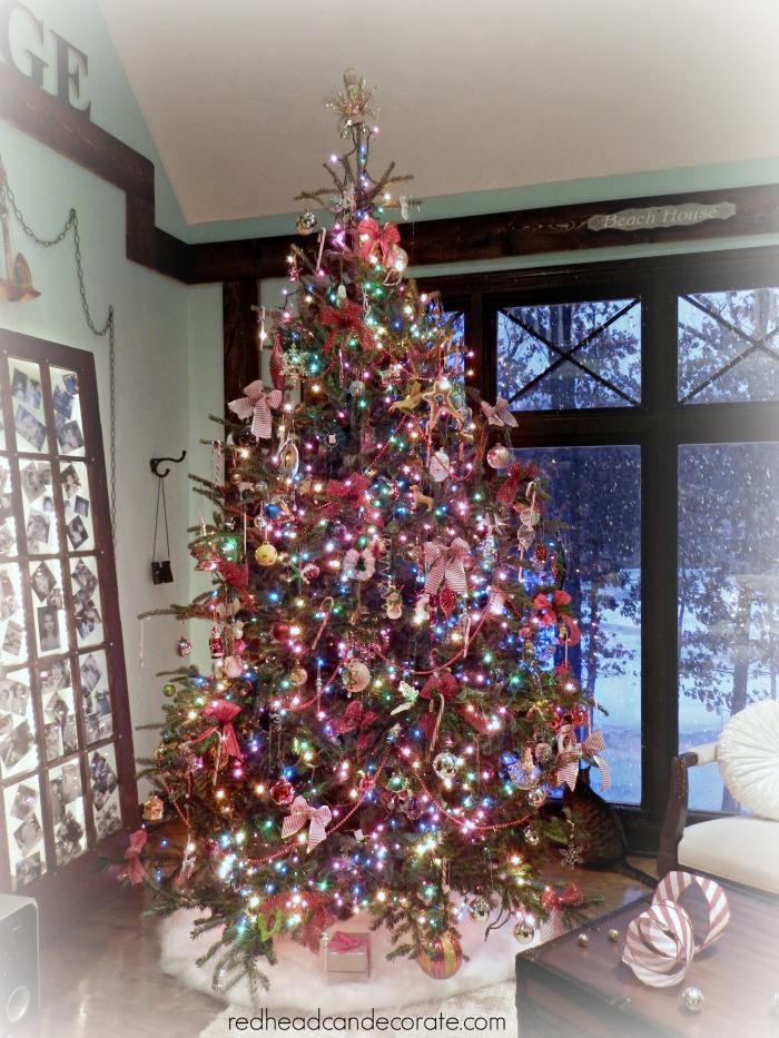 Christmas Tree by Redhead