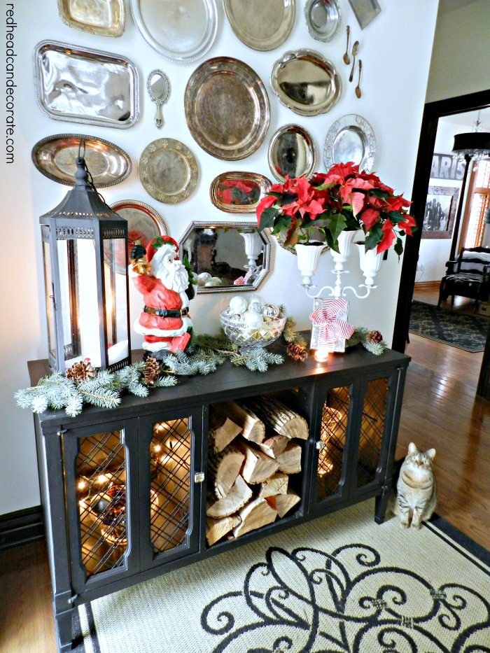 Christmas Foyer by Redhead Can Decorate