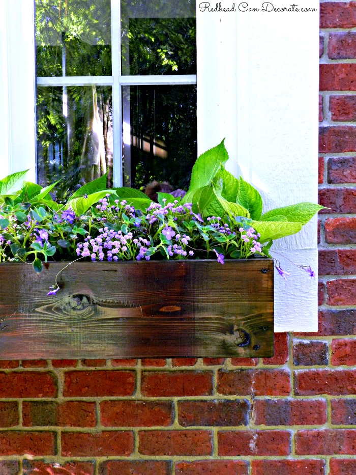 diy wood window flower box redhead can decorate. Black Bedroom Furniture Sets. Home Design Ideas