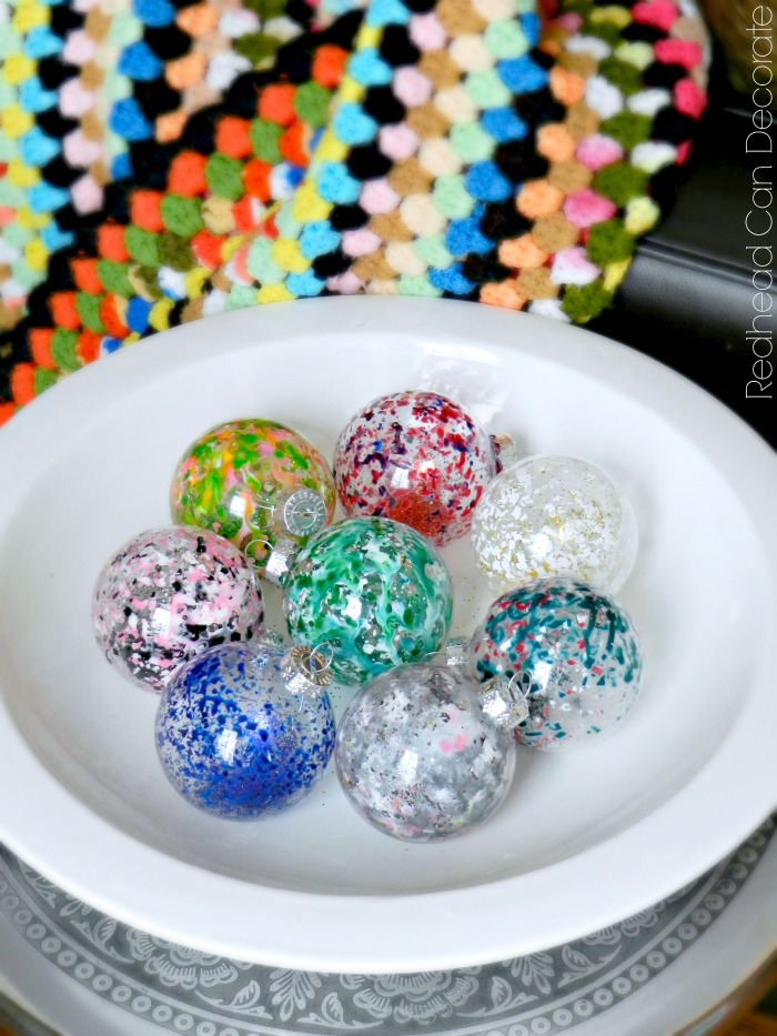 These Christmas ornaments are so cool! You can melt crayon in ornaments in seconds!