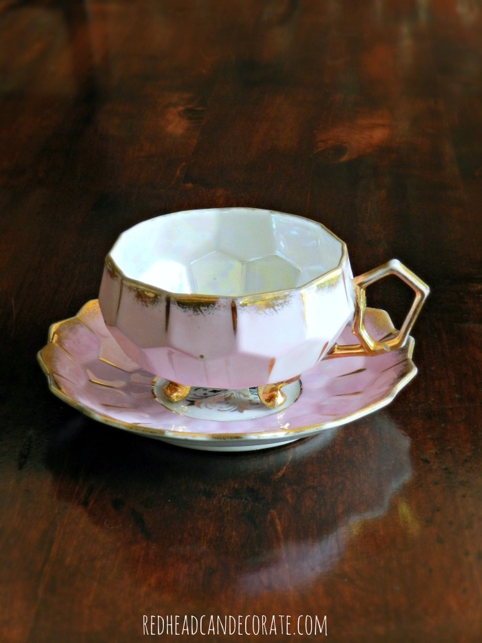 "Such a cute idea to repurpose a tea cup for a cat food bowl! Click here to see ""Tea Cup Cat Food Bowl"""