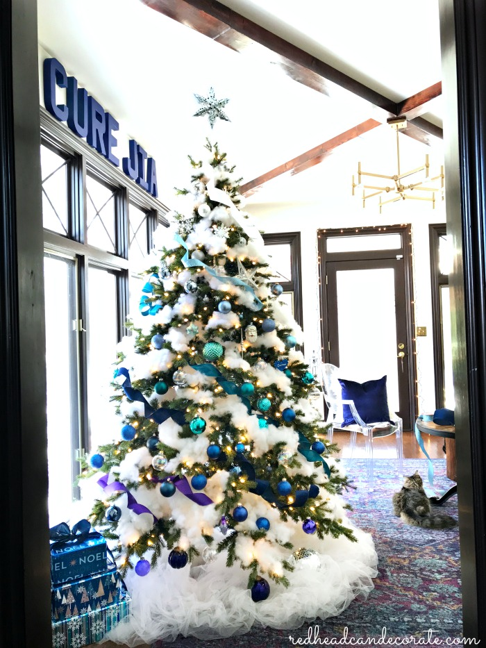 How to create a Blue Ombre Flocked Christmas Tree with floating star!