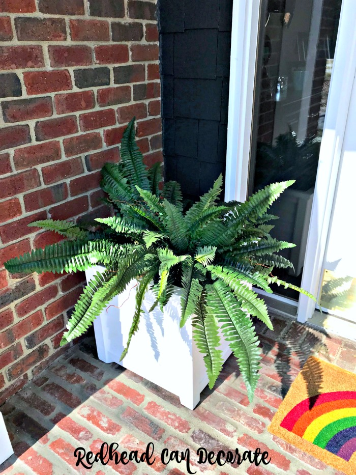These white Porch Planters with Faux Ferns look so realistic no one will ever know the ferns are fake!