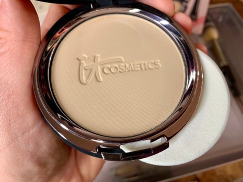 IT Cosmetics IT's Your Top 5 Superstars & More! Holiday Collection #ITCosmetics #holiday #makeup #blogger #ITsyourTSV #ad