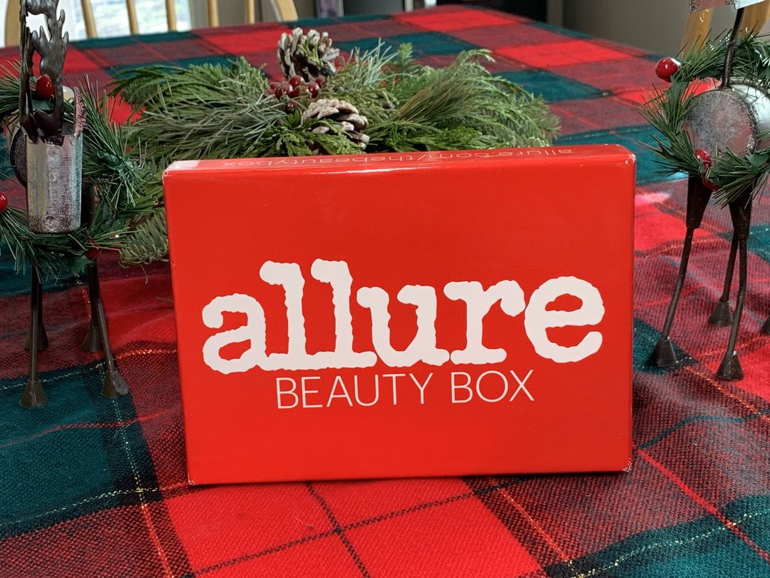 Allure Beauty Box November 2018 #Allure #AllureBeautyBox #beauty #makeup #subscriptionbox #beautyblogger