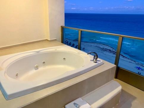 Seadust Cancun Family Resort #Seadust #Cancun #Mexico #travel #familytravel #getaway #ad