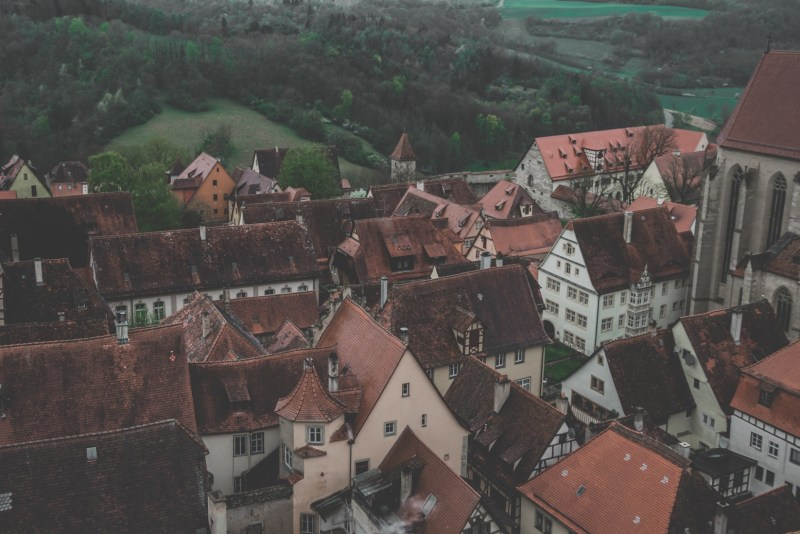 redheadventurer-liza-laboheme-rothenburg ob der tauber-travel-rathausturm-view