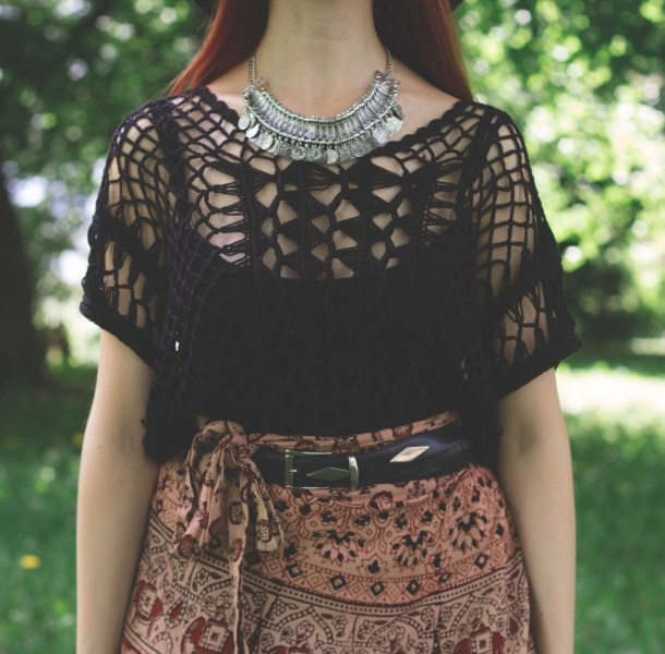 redheadventurer-liza-laboheme-fashion-style-essentials-boho-vintage-skirt-necklace