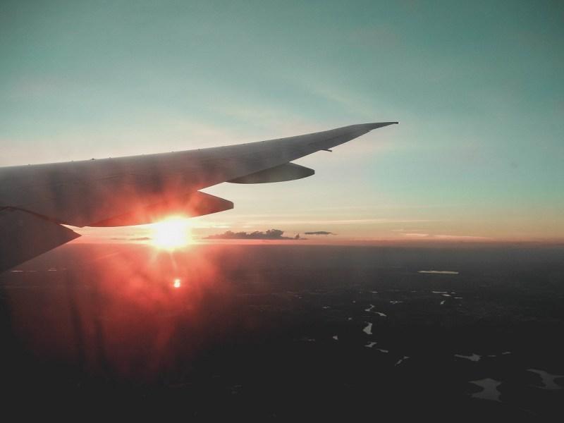 redheadventurer-liza-laboheme-travel-survive-long-haul-flight-plane (2)