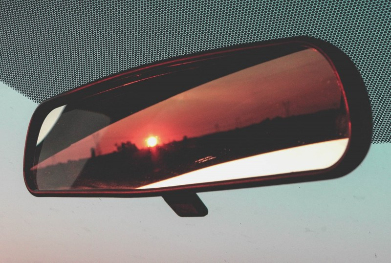 redheadventurer-liza-laboheme-travel-roadtripping-eastern-canada-mirror