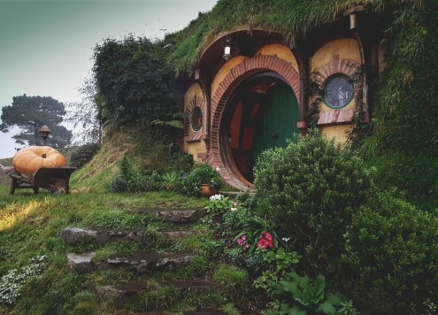 new-zealand-hamilton-hobbiton-lotr-travel-blog-redheadventurer-liza-laboheme (9)