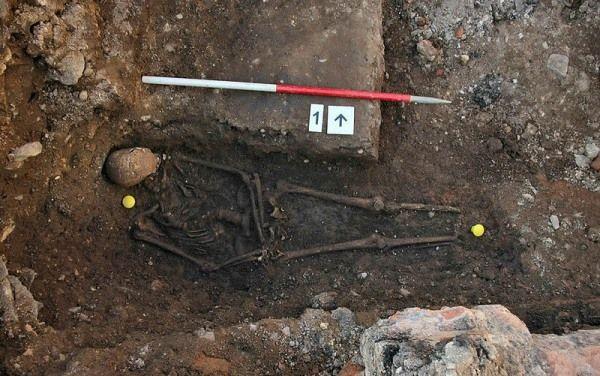 esqueleto ricardo iii