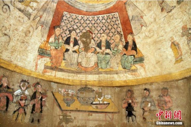 Impresionantes murales han sido encontrados en una tumba de 700 años en China.